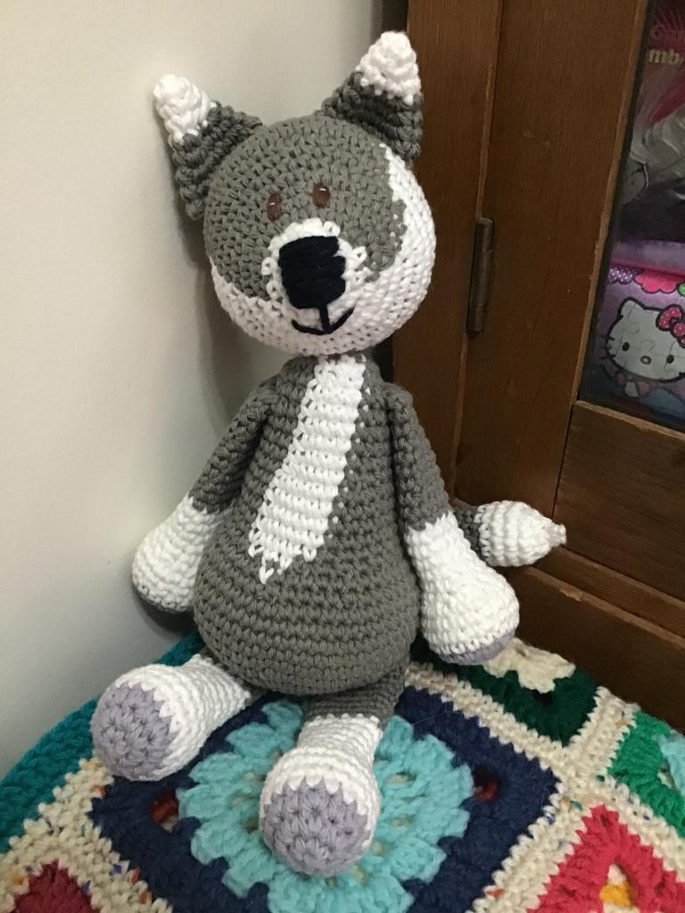 Large grey wolf stuffie
